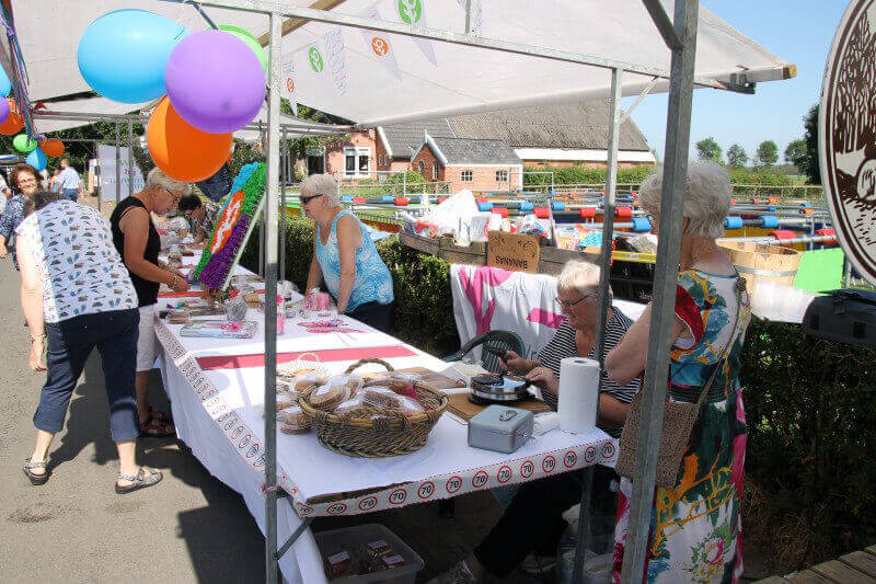 Vrouwen van Nu Tynaarlo: geslaagde fietstocht en een mooie zomermarkt