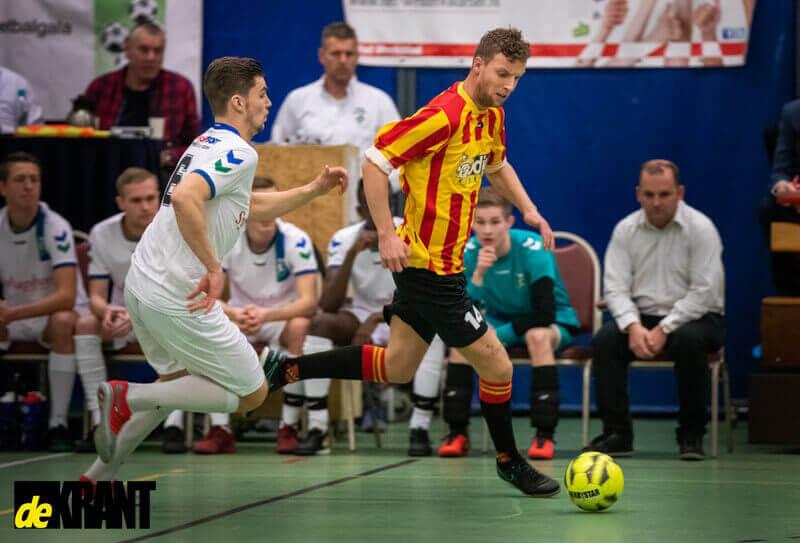Persoonlijke fouten nekken VAKO in kwartfinale Leekster Voetbalgala