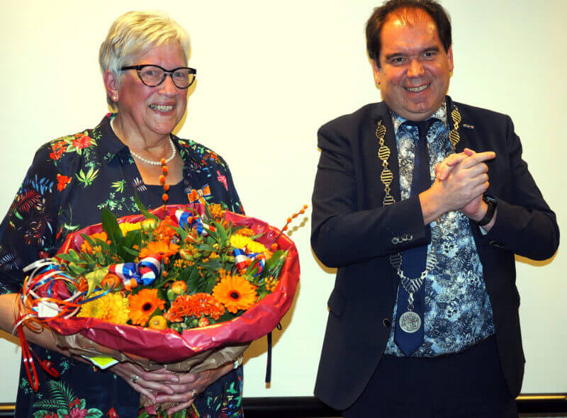Koninklijke Onderscheiding voor Jantje Douwes-Hartlief