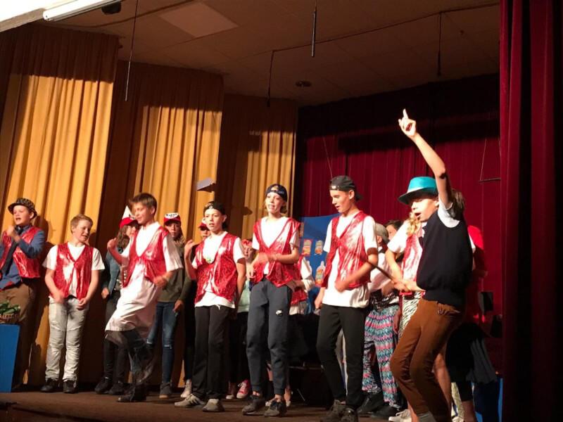 Groep 8 OBS De Vijverstee geeft spetterende musical