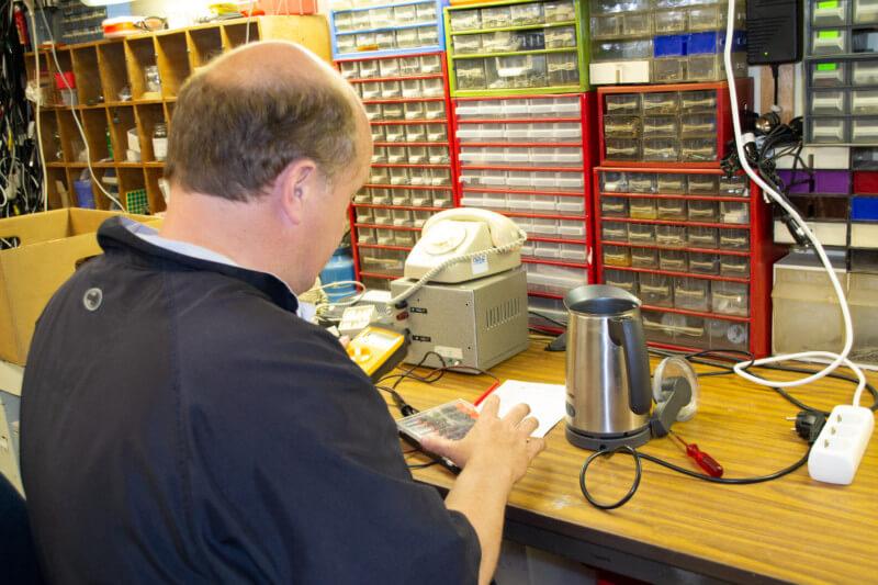 Ongenode gast – Repair Café Vries