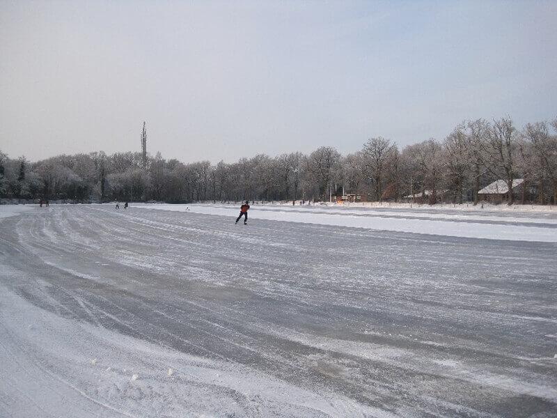 IJsvereniging Aol-Gloep gaat voor een 400 meter lange asfaltbaan