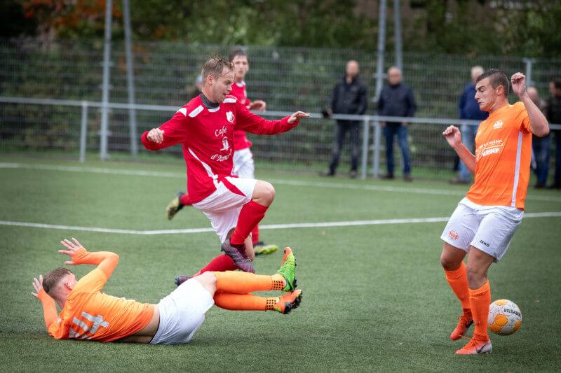 Zuidlaren wint van Omlandia; Annen niet opgewassen tegen WKE, Tynaarlo hard onderuit.