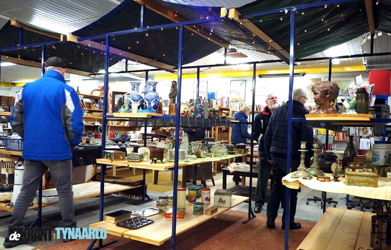 Geslaagde nieuwjaarsmarkt Kringloopwinkel Vries