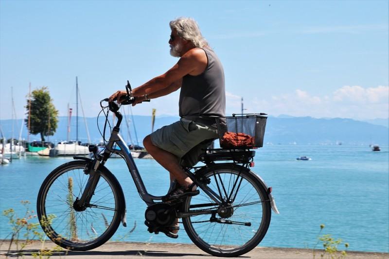 Een elektrische fiets financieren kan op deze manieren