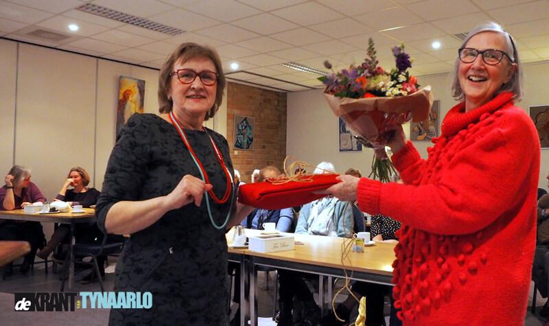Anita Kunst is duizendste cursist bij de Volksuniversiteit Zuidlaren