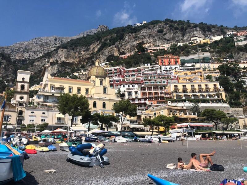 Nederlander (53) verdrinkt in Italië tijdens zwemuitje met