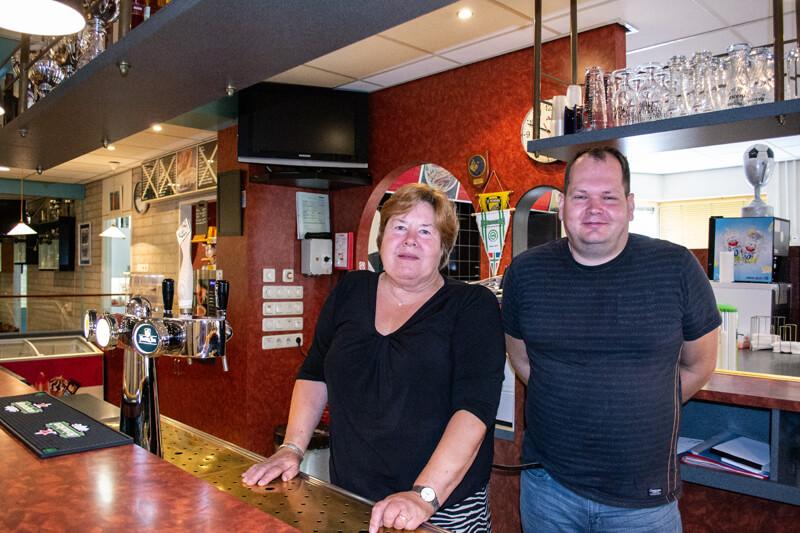 Einde tijdperk: Alida Tolner geeft sportcafé De Kamp terug aan gemeente Tynaarlo