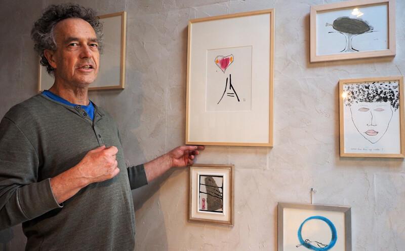 Veelzijdig kunstenaar trots op nieuwe gedichtenbundel