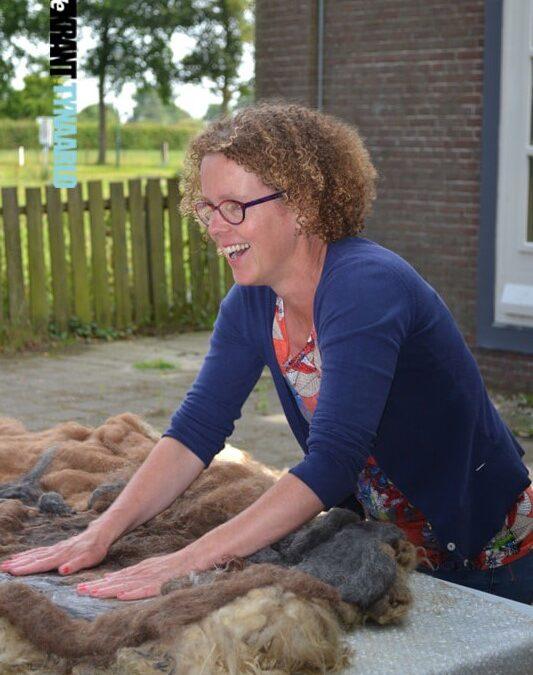 """""""De wol voor de workshops komt van schapen uit de buurt."""""""