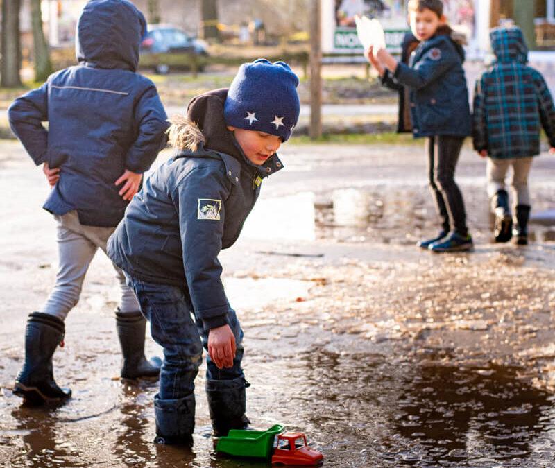 Rennen, klauteren, ijsbreken, water en zon, wat wil je nog meer?