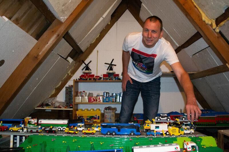 Legowereld van zolderkamertje naar lobby van het Brinkhotel